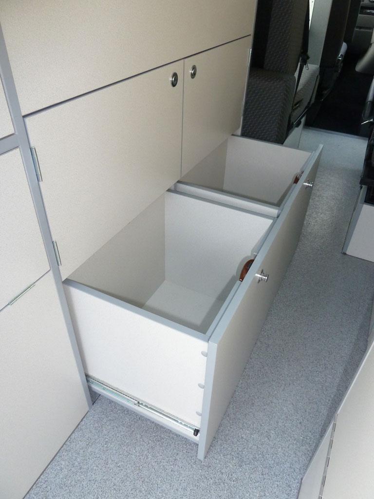 Bottom drawers in Sanna Kitchen